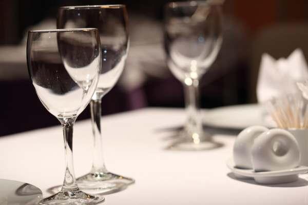 bicchieri-a-tavola