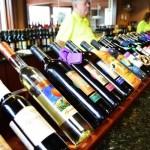 Le regole per abbinare il vino ai cibi
